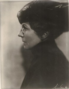 Florence Harding in one of her large pinned hats. (NFLL)