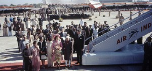 Jacqueline Kennedy arriving in India. (Life)