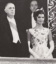 Jacqueline Kennedy with President DeGaulle. (Paris Matrch)