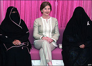 Laura Bush in Saudi Arabia. (GWBL)