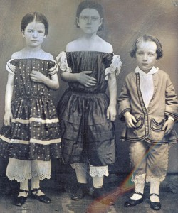 Ida Saxton (center), her sister Mary (left) and brother George (right). NFLL