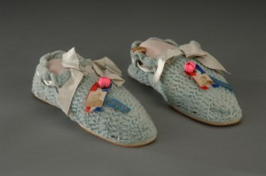 A pair of slippers knitted b Ida McKinley. (McKinley Museum)