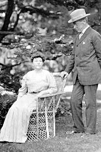 Ellen and Woodrow Wilson; her terminal illness affected his ability to function as President. (Library of Congress)