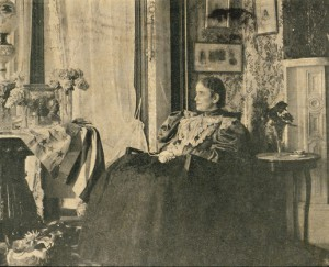Mrs. McKinley in her Canton home. (NFLL)