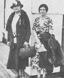 Edith Wilson with a niece, sailing for Europe two years after she visited China. (UPI)