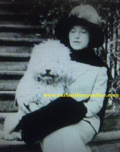 First Daughter Helene Taft and her poodle Caro attended the Egg Roll with First Lady Nellie Taft in 1912.