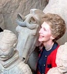 Nancy Reagan with Xi'an terra cotta figures.(RRPL)