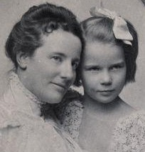 Edith Roosevelt and daughter Ethel. (NPS)