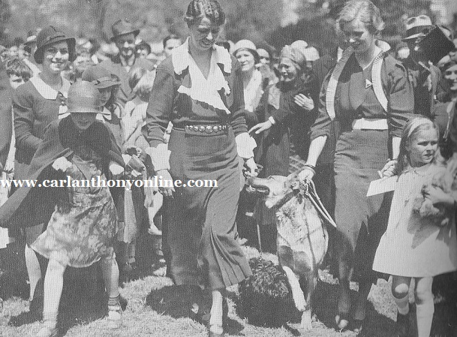 Eleanor Roosevelt, her police dog Major, daughter Anna and granddaughter Sisty at the 1933 Easter Egg Roll.