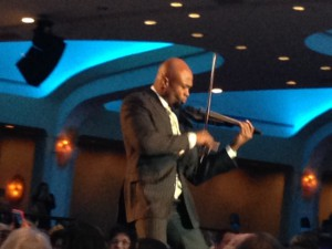 Ken Ford performs at First Ladies' Luncheon 2014