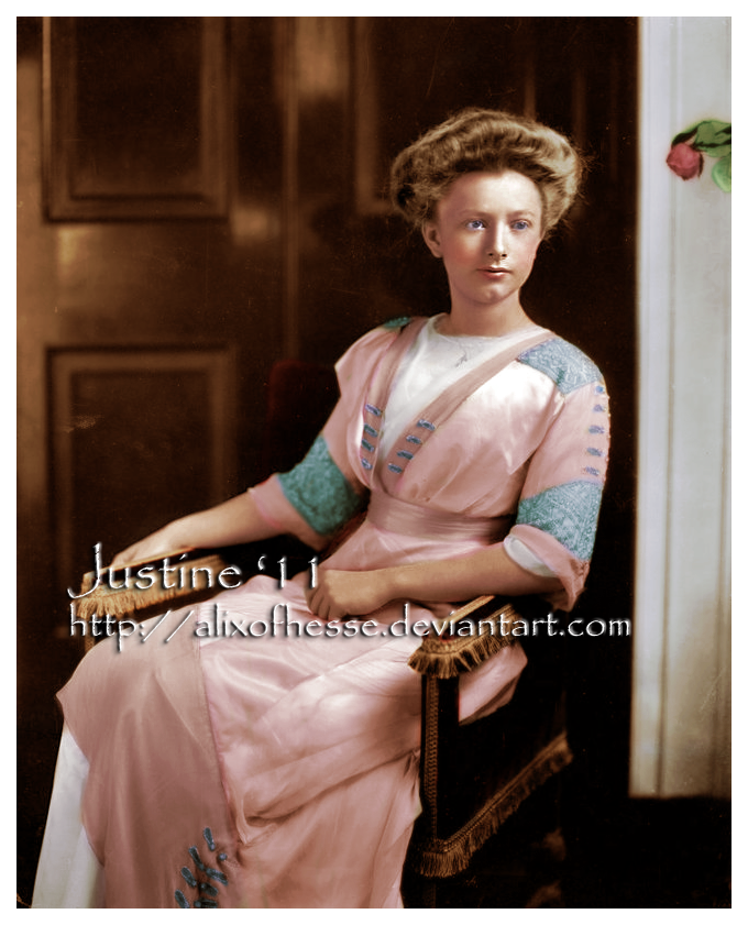 Helene Taft in a White House photographic portrait colorized by digital artist AlixofHesse. (deviantart.com)