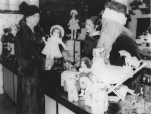 Eleanor Roosevelt Christmas shopping for toys.