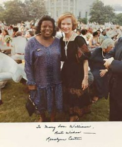 Mrs. Carter with a Jazz Festival guest on the South Lawn.