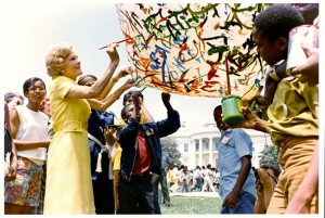 Pat Nixon painting a balloon during her Summer in the Parks event on the White House South Lawn. (RMNPL)