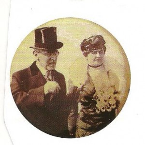 One Wilson 1916 re-election campaign item was made using the image of Edith Wilson, walking with her husband.