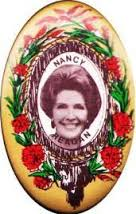 The 1984 oblong portrait button of Nancy Reagan was the first of its kind to appear in an election. year. (ebay)