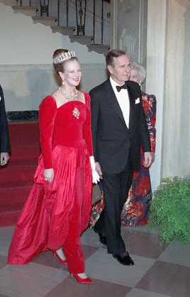 President George Bush and Queen Margrethe of Denmark at the state dinner he hosted in her honor. (Getty)