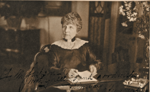 The widowed Florence Harding returned to Washington, taking a suite at the Willard Hotel. (NFLL)