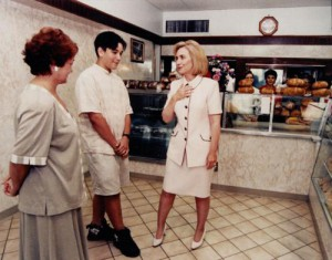 Hillary Clinton visiting the Pasieka Bakery in New Jersey.(oururbantimes.com)