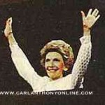 Nancy Reagan acknowledges cheers after her 1984 convention remarks. (carlanthonyonline.com)