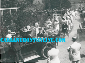 Warren and Florence Harding riding in an open car on the Fourth of July in 1923, celebrating the holiday in Oregon, (carlanthonyonline)