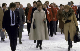 Rosalynn Carter went to register her husband's name as a presidential candidate in the New Hampshire primary. (Getty)