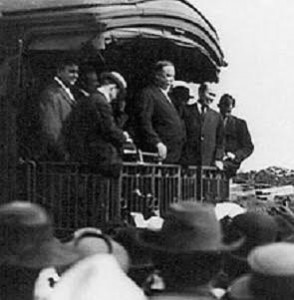 Taft campaigning; Nellie advised him to reduce his praise of Roosevelt. (LC)