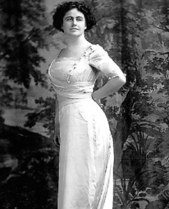 When Edith Wilson first married the president, eager journalists claimed to detect Native American facial traits in her. (LC)