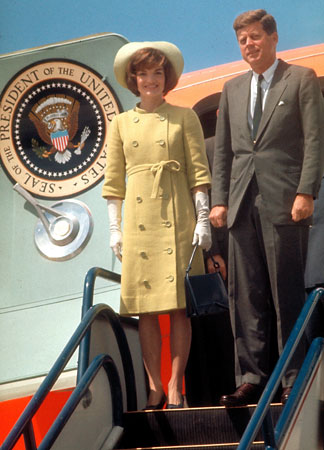 Jacqueline Kennedy arrives wtih President Kennedy in Mexico for a state visit in 1961. (JFK LIbrary