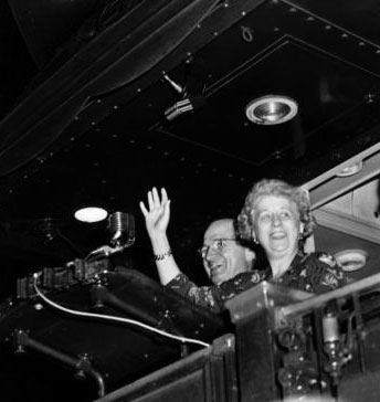 Harry and Bess Truman at the rear platform of the campaign train. (HSTL)